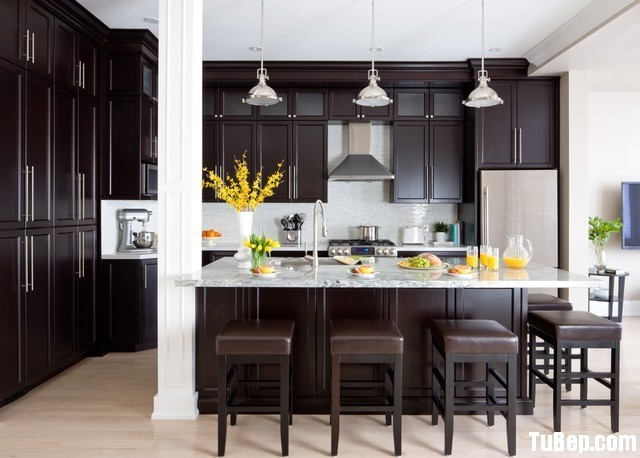 2dd0c2d03aỵtty.jpg Tủ bếp gỗ tự nhiên theo phong cách châu âu – TVB1246