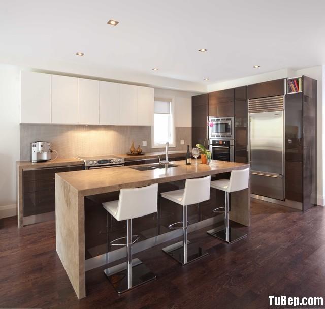 341c1e13dfep 189.jpg Tủ bếp gỗ Acrylic màu trắng kết hợp vân gỗ có bàn đảo TVT0748