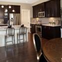 Tủ bếp gỗ tự nhiên – TVN1047