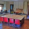Tủ bếp gỗ tự nhiên – TVN899