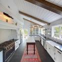 Tủ bếp gỗ tự nhiên – TVN596