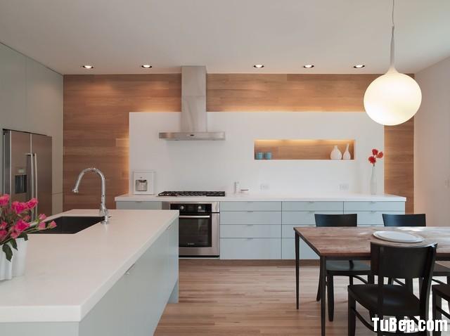 7a77b1f6b5c 3.12.jpg Tủ bếp Acrylic màu trắng chữ I có bàn đảo – TVB 1157