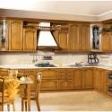Tủ bếp gỗ Sồi Nga sơn bóng – TVB576