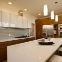 Tủ bếp gỗ MDF Acrylic có bàn đảo – TVB378