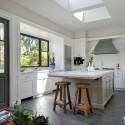 Tủ bếp gỗ tự nhiên – TVN525