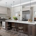 Tủ bếp gỗ tự nhiên sơn men trắng + bàn đảo – TVB497