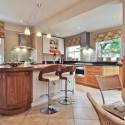 Tủ bếp gỗ tự nhiên – TVN774