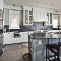 Tủ bếp gỗ tự nhiên – TVN856
