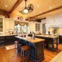 Tủ bếp gỗ tự nhiên Sồi Mỹ sơn men trắng + Bàn đảo – TVB485