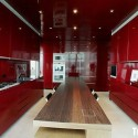Tủ bếp gỗ Acrylic chữ I màu đỏ   TVB705