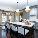 Tủ bếp gỗ tự nhiên – TVN1095