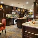Tủ bếp gỗ xoan đào sơn PU – TVB603