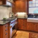 Tủ bếp gỗ Căm Xe – TVB291