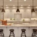 Tủ bếp gỗ tự nhiên sơn men trắng chữ L có đảo   TVB776