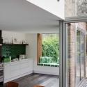 Tủ bếp gỗ tự nhiên – TVN1111