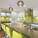 Tủ bếp gỗ Acrylic màu trắng có đảo   TVB718