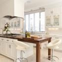 Tủ bếp gỗ Sồi sơn men trắng chữ I có đảo   TVB1221