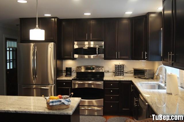 41065075ceep 168.jpg Tủ bếp gỗ Xoan Đào tự nhiên sơn men màu đen hình chữ L có đảo TVT0753