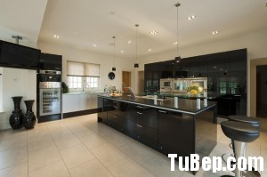 78cabb24d100x199.jpg Tủ bếp gỗ Acrylic màu trắng phối đen hình chữ I có đảo TVT0786