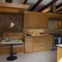 Tủ bếp gỗ tự nhiên + công nghiệp – TVN1163