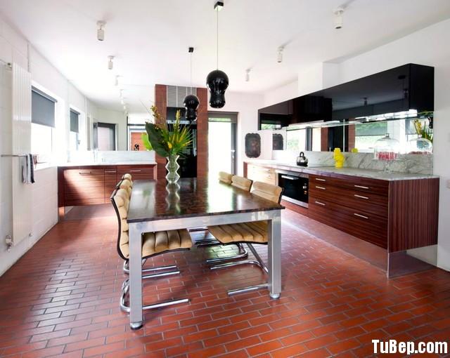 06ae8e1585ep 195.jpg Tủ bếp gỗ Acrylic đen phối Laminate vân gỗ hình chữ I TVT0724