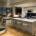 Tủ bếp gỗ Acrylic màu trắng hình chữ I có bàn đảo   TVB0952