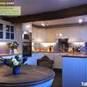 Tủ bếp gỗ tự nhiên – TVN935