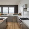 Tủ bếp Acrylic màu xám chữ L có bàn đảo   TVB0987