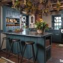 Tủ bếp gỗ tự nhiên – TVN692
