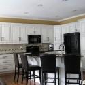 Tủ bếp gỗ Sồi  tự nhiên sơn men có bàn đảo   TVB369