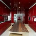 Tủ bếp gỗ Acrylic chữ I màu đỏ   TVB713