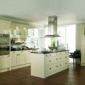 Tủ bếp gỗ Xoan đào sơn men màu kem chữ I   TVB0916
