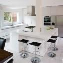 Tủ bếp gỗ Acrylic màu trắng chữ I có đảo   TVB1031