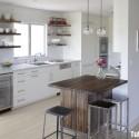 Tủ bếp gỗ Laminate hình chữ I màu trắng có đảo   TVB0963