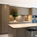 Tủ bếp gỗ MDF Acrylic – TVB422